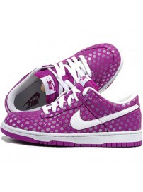 317813 500 Nike Dunk Low Womens Trainers