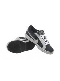 366663 401 Nike Isolate Jr 6.0